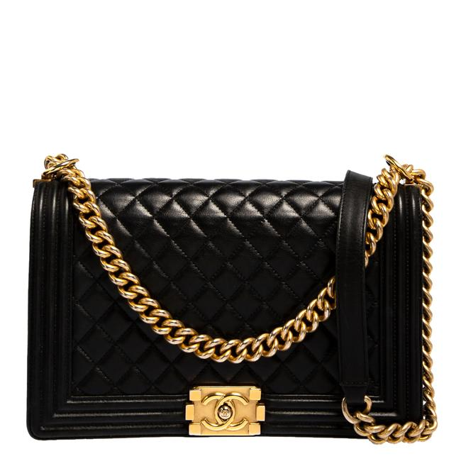Item - Classic Flap Boy Quilted Leather New Medium Shoulder Bag