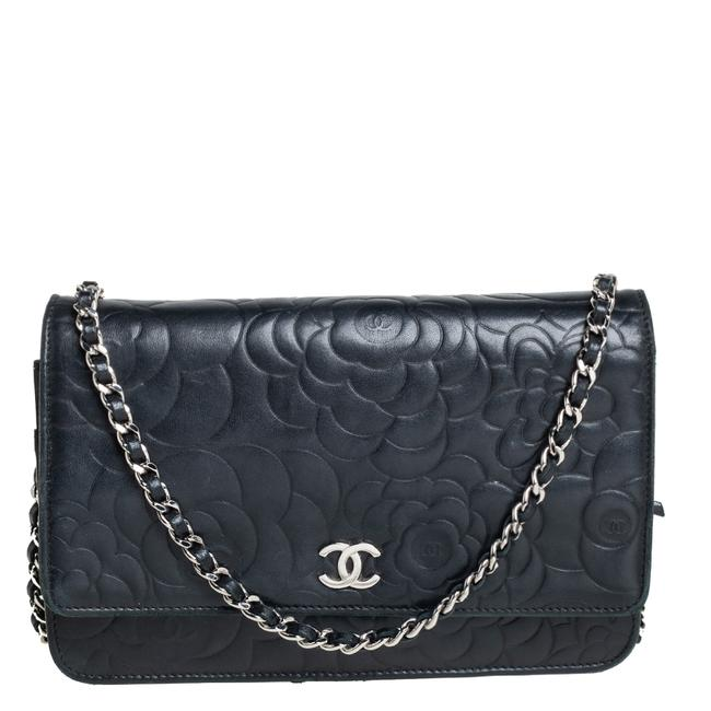 Item - on Chain Black Camellia Leather Wallet