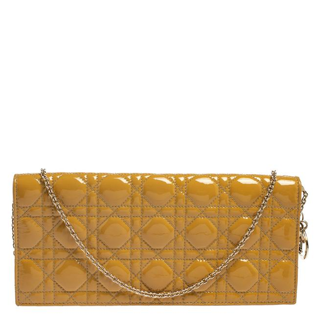 Item - Lady Cannage Patent Leather Chain Clutch