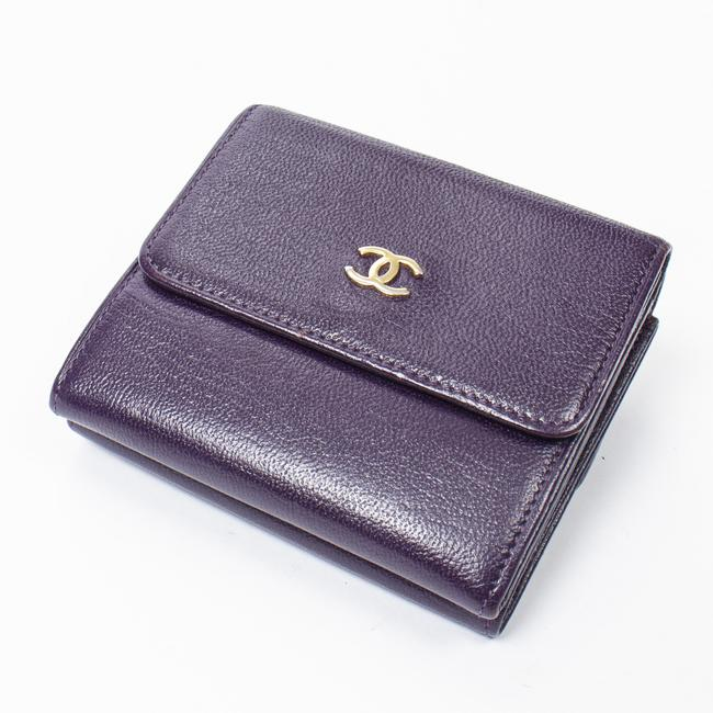 Item - Cc Logo Compact In Purple Calf Leather Wallet