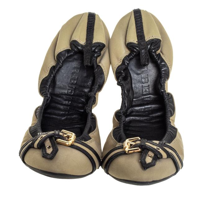 Burberry Beige/Black Leather and Canvas Scrunch Ballet Size 39 Flats Burberry Beige/Black Leather and Canvas Scrunch Ballet Size 39 Flats Image 3