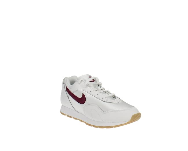 Item - Outburst Low-top Sneakers Athletic