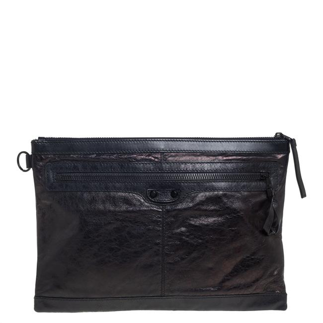 Item - Leather Classic City Pouch Clutch