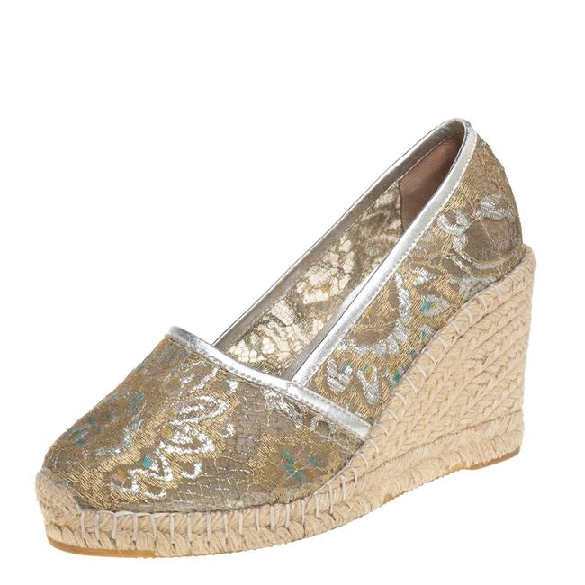 Item - Metallic Silver/Gold Lace Espadrille Wedge Size 37 Pumps