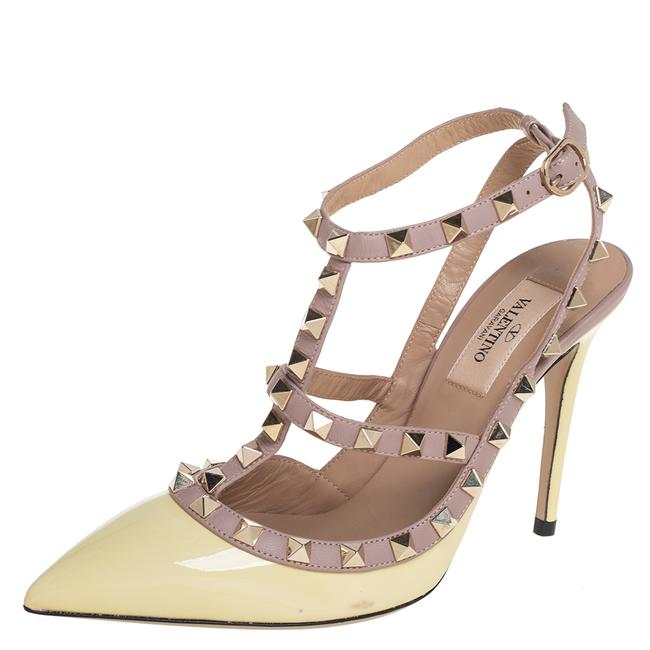 Item - Yellow Patent Leather Rockstud Ankle Strap Size 37 Sandals