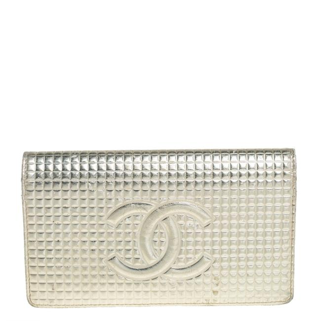 Item - Metallic Gold Cube Quilted Leather Cc Bifold Wallet