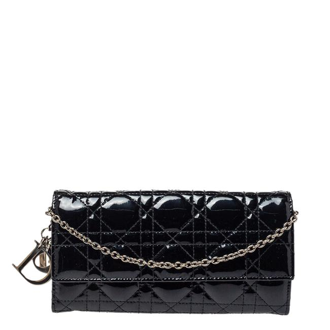 Item - on Chain Lady Black Cannage Patent Leather Wallet