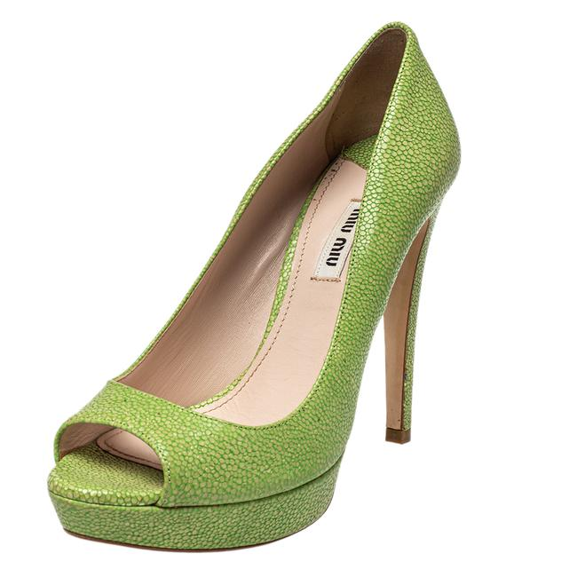 Item - Green Leather Peep Size 38 Pumps