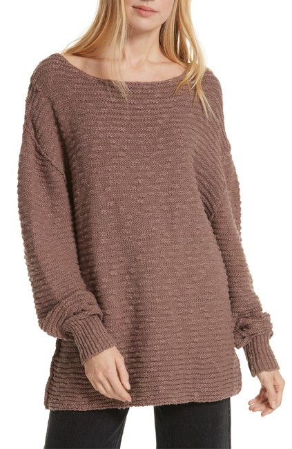 Item - Menace Solid Long Sleeve Jewel Neck Tunic Sweater/Pullover