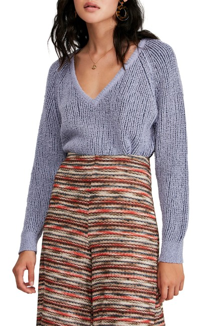 Item - Cropped V-neck Sweater/Pullover