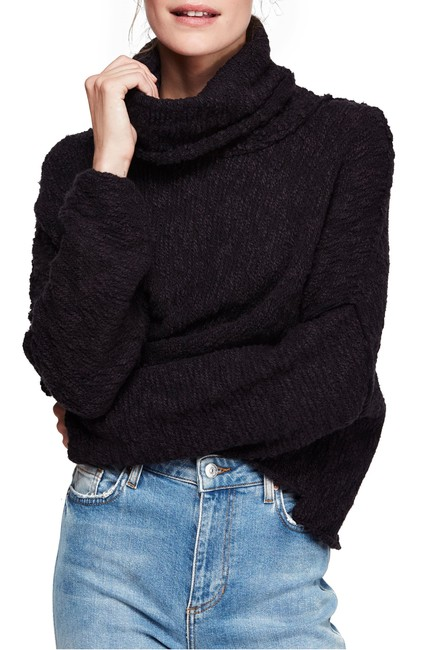 Item - Big Easy Cowl Neck Sweater/Pullover