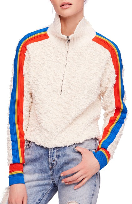 Item - Fuzzy Striped Sweater/Pullover