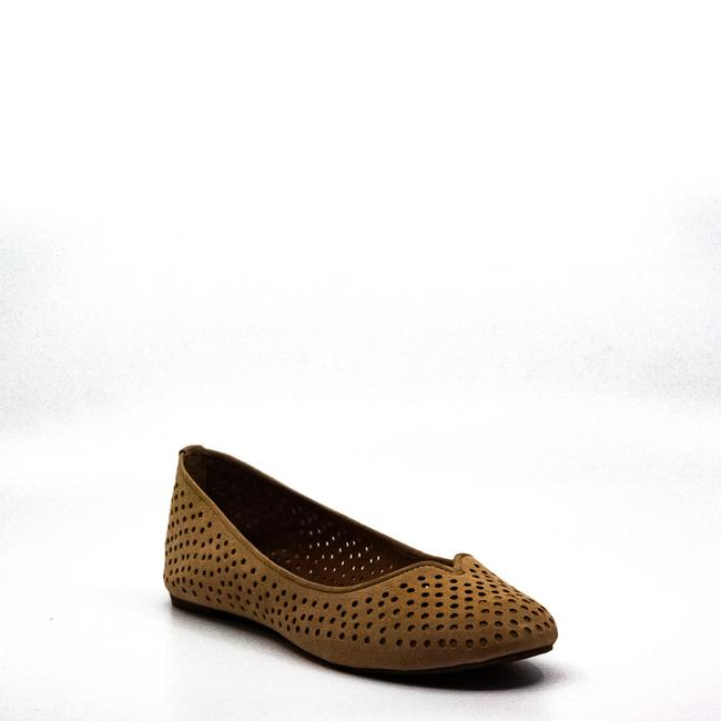 Item - Enorahh Suede Flats