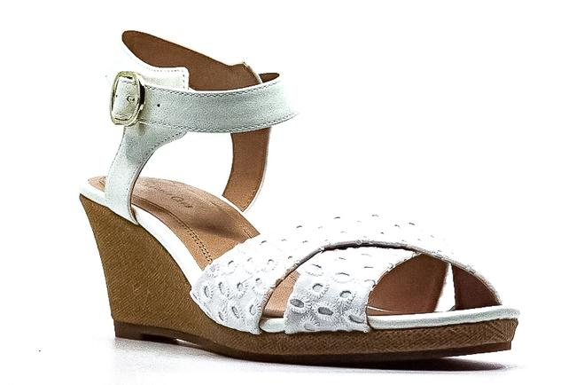 Item - Sonome Sandals Wedges