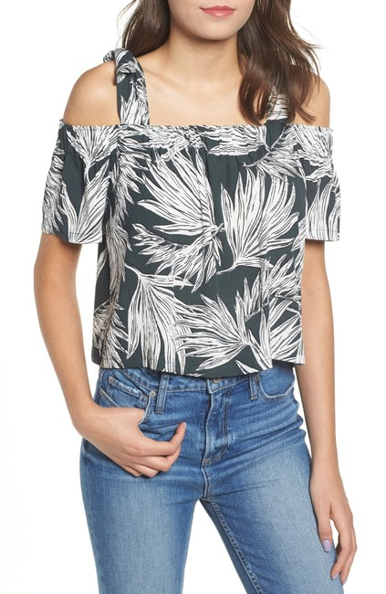Item - Printed Cold-shoulder Blouse