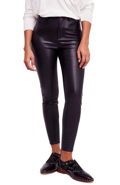 Item - Faux Leather High Skinny Pants