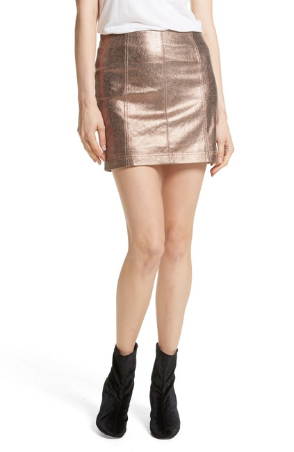 Item - Metallic Faux Leather Miniskirt Skirt