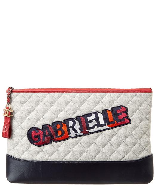 Item - Gabrielle Pre-owned Lambskin Leather Quilted O Case Pouch 6565-1 Clutch